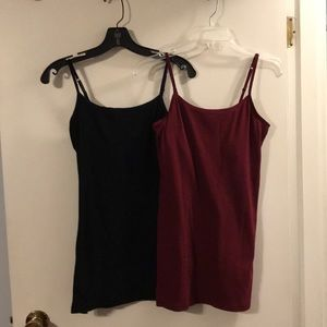 So 2 pack perfect tunic cami. Wine and black